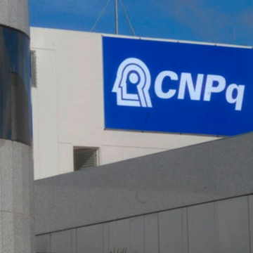 Bolsonaro anunciou liberação de R$ 250 milhões para bolsas do CNPq