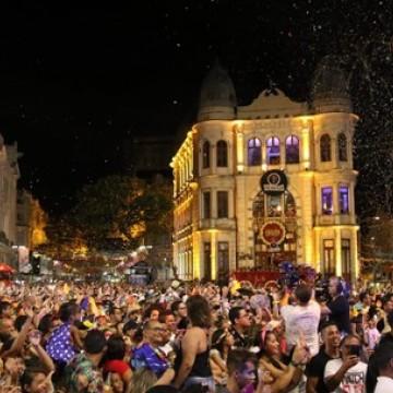 Período de Carnaval é oportunidade para articulações políticas