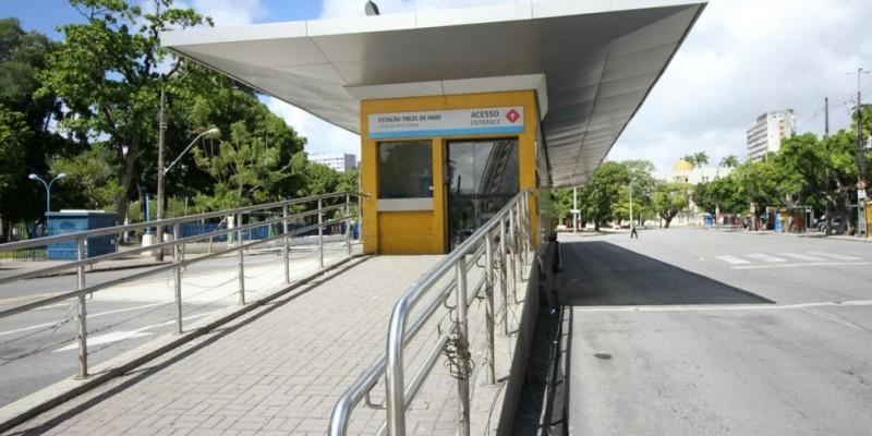 Os serviços acontecem nas estações Tacaruna, do corredor Norte-Sul, e Getúlio vargas, que integra o corredor Leste-Oeste