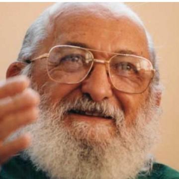 Paulo Freire está prestes a ser oficialmente o Patrono da educação no estado