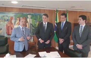 Bolsonaro sanciona lei de negociação de dívidas das micro empresas
