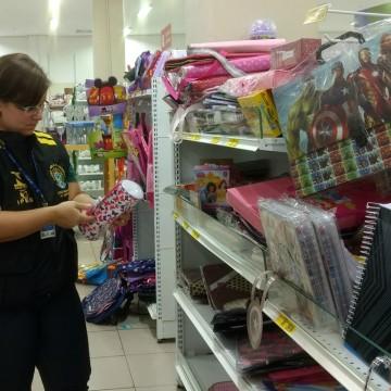 Operação 'Volta às Aulas' do Ipem-PE apreende produtos irregulares