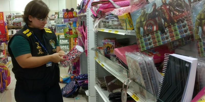 O objetivo da operação é observar a segurança dos produtos escolares no comércio