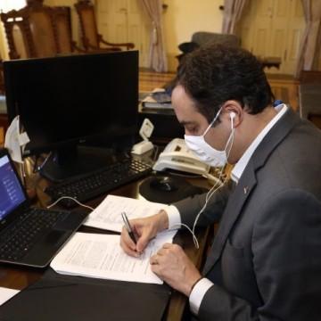 Governo de PE e Celpe assinam acordo para estimular utilização de energia limpa em Noronha