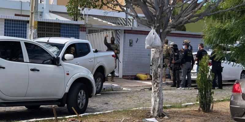 Foram cumpridos dez mandados de busca e apreensão nas cidades de Juazeiro/BA, Petrolina/PE e São Paulo/SP. Também foram presas em flagrante 11 pessoas