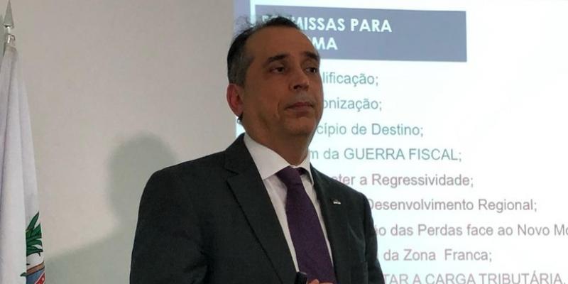 O Governador Paulo Câmara e o Secretário da Fazenda, Décio Padilha, devem reforçar a capacidade de pagamento de Pernambuco