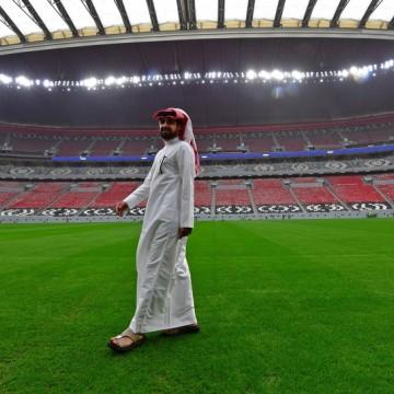 Obras dos estádios da Copa do Mundo do Catar são paralisadas por causa da Covid-19