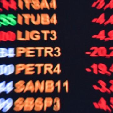 Bolsa dispara e dólar cai após nota de recuo divulgada por Bolsonaro