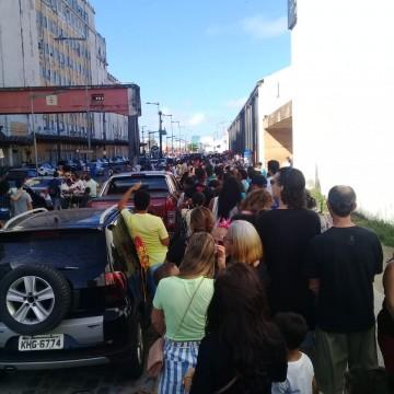 Último dia de visitação na Fragata Argentina é marcado por confusão no Recife