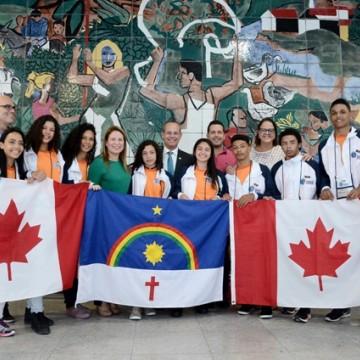 161 estudantes viajam ao Canadá pelo Ganhe o Mundo
