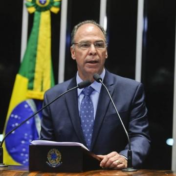 Líder do Senado Fernando Bezerra Coelho é alvo de operações da PF