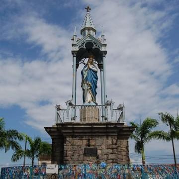 Procissão da bandeira abre a 115ª Festa de Nossa Senhora da Conceição do Morro