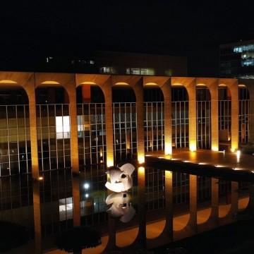 Brasil colaborará com diretora da OMC para promover livre comércio