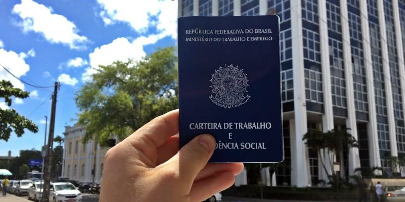 Segundo Caged, no mês passado mais de 32 mil pessoas conseguiram uma ocupação com carteira assinada no estado
