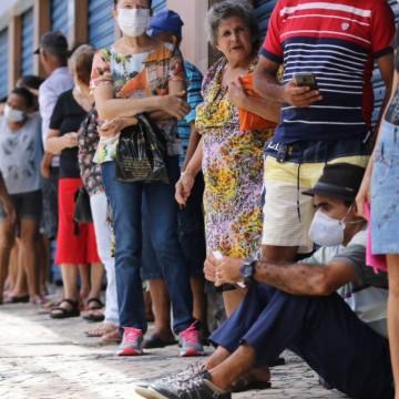 Lei garante atendimento prioritário em todos os caixas de bancos às pessoas do grupo de risco do coronavírus