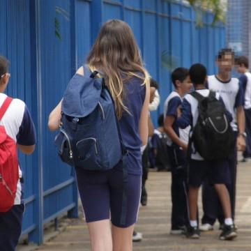 Panorama CBN: queda de matrículas em escolas públicas e começo do ano legislativo em Caruaru