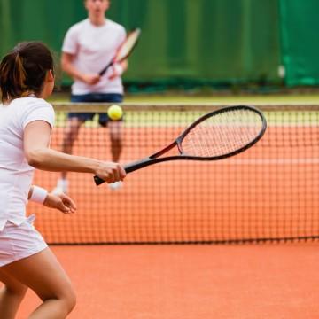Atividades esportivas individuais, aulas práticas e estágios presenciais de volta nesta segunda (13)