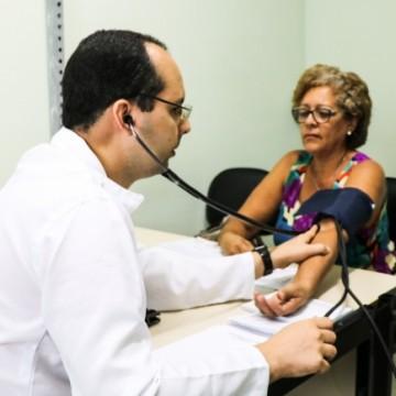 Prefeitura do Recife abre seleção para médicos