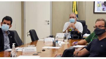 Ministro da Saúde discute estratégias para barrar entrada de variantes no Brasil