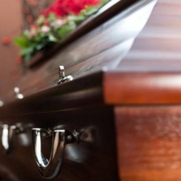 Com aumento de demanda as funerárias encontram dificuldades para enterrar corpos
