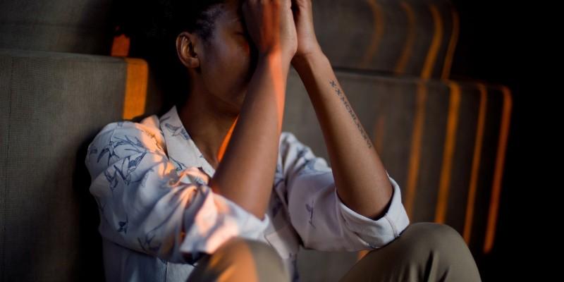 O levantamento da UPE alerta que a ideação suicida está nos relatos de 13,5% dos mais de seis mil adolescentes entre 14 e 19 anos entrevistados