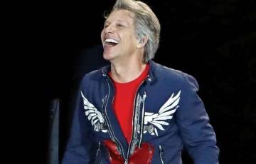 Bon Jovi faz live em casa nesta segunda (18)