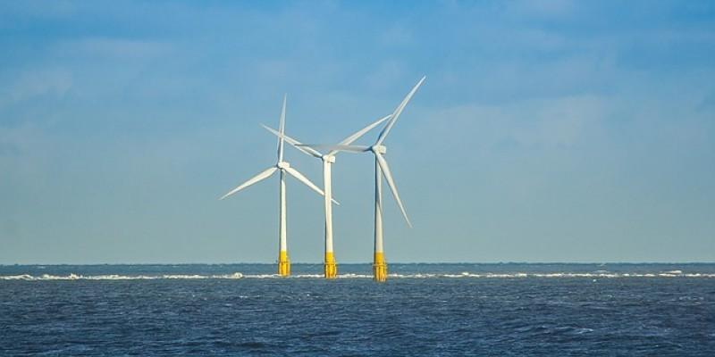 O estudo indica que o Nordeste é o principal local para a instalação de eólicas no mar no Brasil, com 68% de potencial de aproveitamento dos ventos marítimos