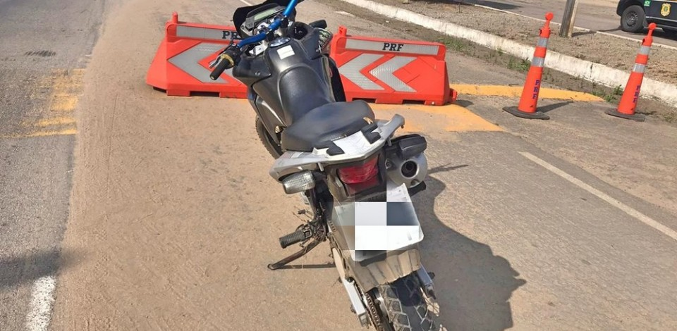 PRF recupera motocicleta roubada em Caruaru