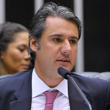 Fernando Monteiro conduz debate nacional sobre saneamento