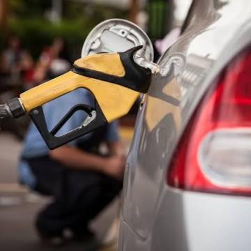 Votação de projeto que pode baratear etanol é adiada