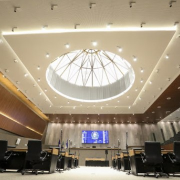 Alepe deve gastar até R$ 1,4 milhão com 'ornamentação e ambientação de interiores'