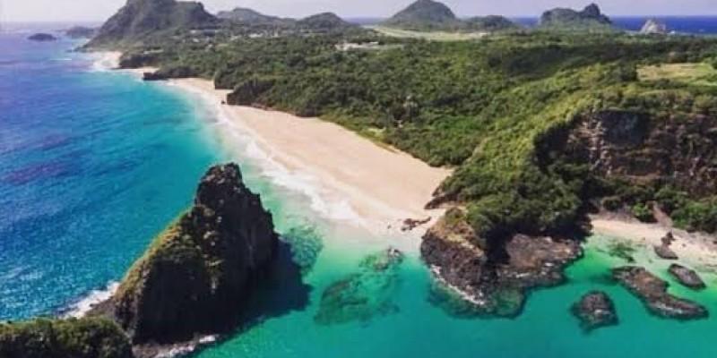 Governo firma compromisso com administrador da Ilha de alterar a matriz energética para energia solar até 2030
