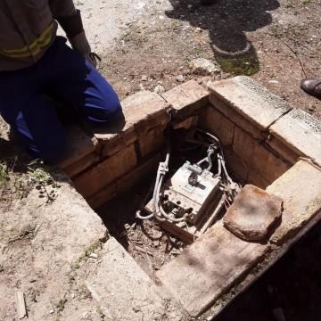 Três indústrias do polo gesseiro são flagradas furtando energia elétrica