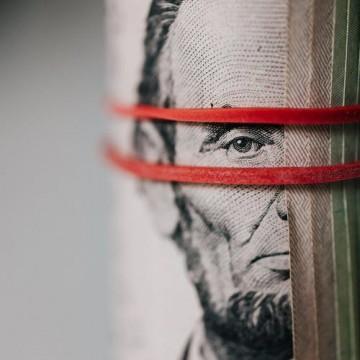 Dólar fecha com pequena queda, vendido a R$ 5,31