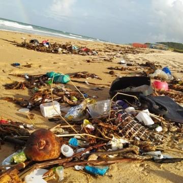 Governo de PE pede amostras de lixo encontrado no RN para descobrir origem dos resíduos
