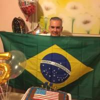 Técnico em eletrônica americano, criado no Recife, trabalha na produção de respiradores para pacientes  greves com Covid-19