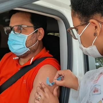 Pessoas que recusarem vacina serão bloqueadas no agendamento por 60 dias no Recife