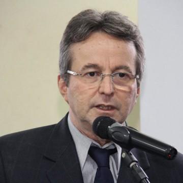 """Até vereador João da Costa foi """"espionado"""" pelo SNI"""