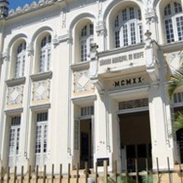 Câmara do Recife discute situação dos pescadores e marisqueiros na cidade