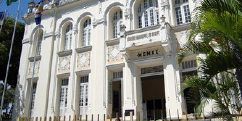 Rodrigo Coutinho repercute visita de vereadores à Capitania dos Portos