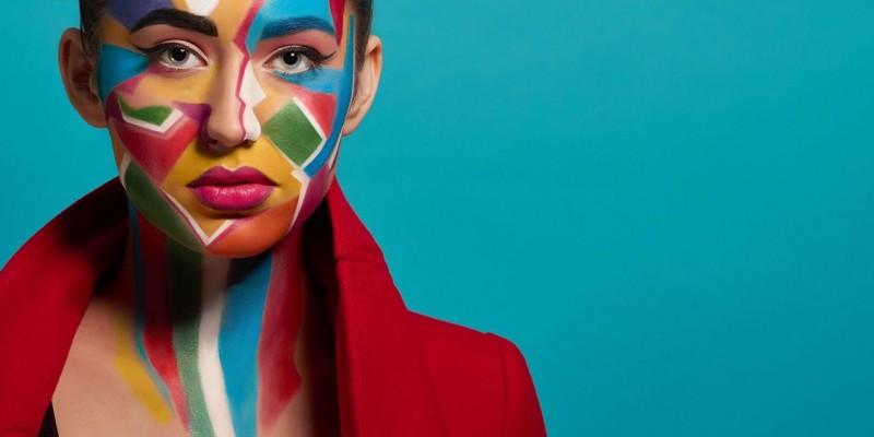 Com nomes de destaque no Brasil, evento será on-line e gratuito, com discussões sobre autoafirmação, representatividade e padrões estéticos