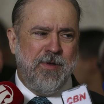 Aras pede inquérito ao STF para investigar declarações de Sergio Moro