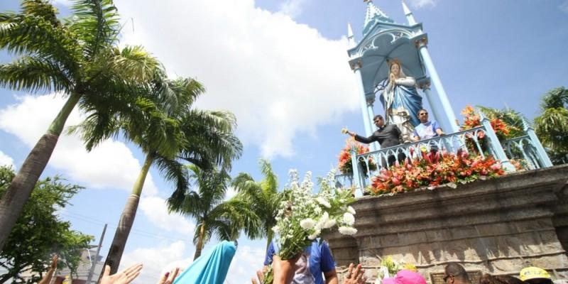O comércio do Centro do Recife abre normalmente, das 9h da manhã às 17h da tarde
