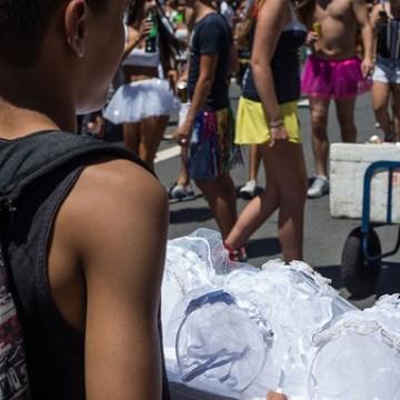 Aumentam os casos de trabalho infantil no carnaval de Pernambuco