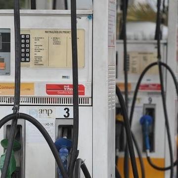 Sefaz realiza operação para combater irregularidades nos postos de combustíveis