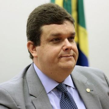 Deputado Wolney Queiroz questiona utilização dos R$33 milhões recebidos pela prefeita Raquel Lyra