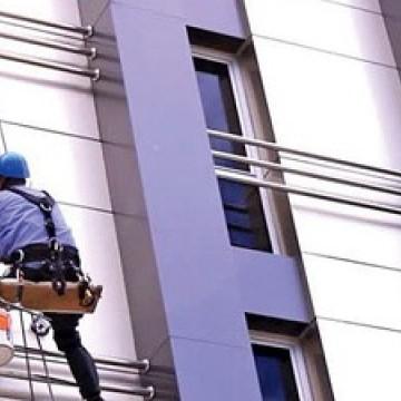 Serviços emergenciais em prédios e residências podem ser mantidos mesmo com pandemia