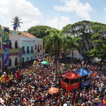 """Recife e Olinda orientam vítimas das """"agulhadas"""""""