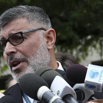 Com apoio de Bivar, PSL expulsa deputado Alexandre Frota