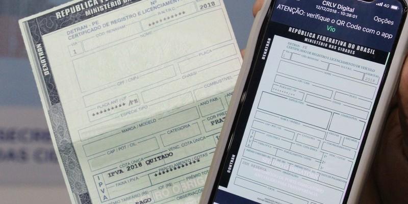 O proprietário precisa ficar atento, pois o CRLV 2020 só é emitido após a quitação de todas as taxas que compõem o Licenciamento, como IPVA, DPVAT e possíveis multas